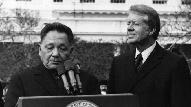 Tổng thống Mỹ Jimmy Carter đón tiếp Đặng Tiểu Bình tại Washington tháng Giêng 1979