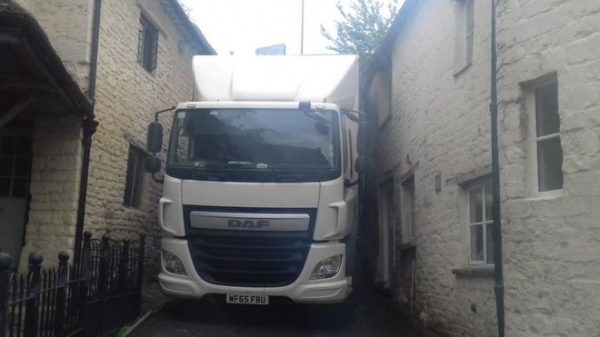 Lorry wedged in lane