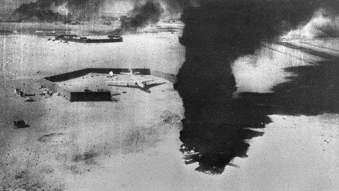 Egyptian aircraft destroyed on airfield (5 June 1967)