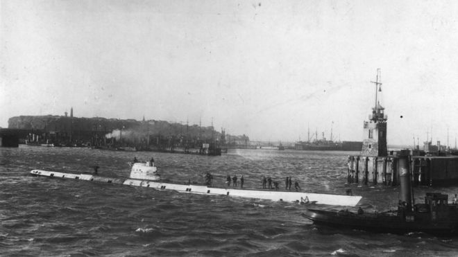 circa 1916: A U-Boat in the harbour at German naval and aircraft base of Heligoland
