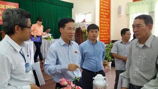Ông Võ Văn Thưởng trong cuộc tiếp xúc cử tri