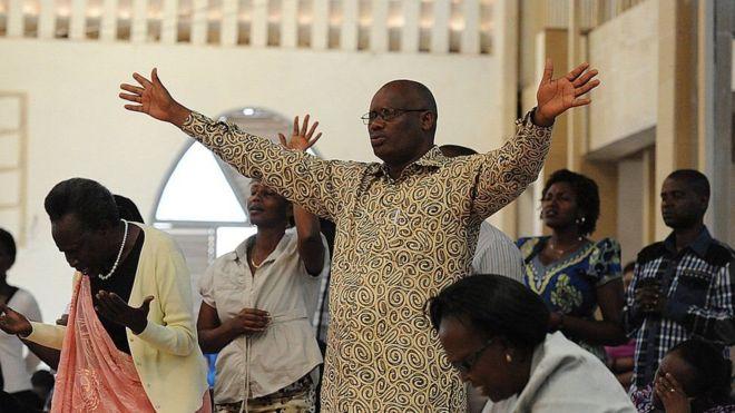 """رواندا تغلق """"700 كنيسة غير آمنة وصاخبة"""""""
