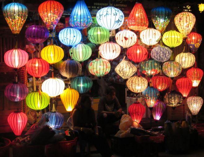 在越南会安市售卖的灯笼