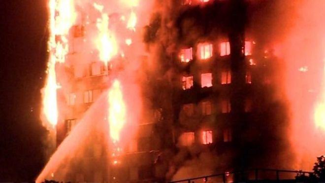 El fuego se podía ver desde varias zonas de Londres.