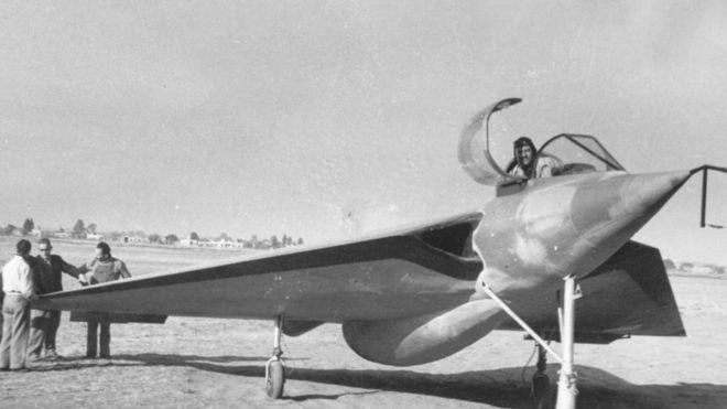 Avion IA37 (Foto: Santiago Rivas)