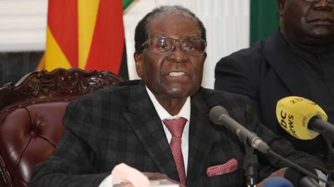 """A handout photo made available by the Zimbabwean government through """"The Herald"""" daily newspaper on 20 November 2017 shows Zimbabwean President Robert Mugabe addressing the nation at the State House in Harare, Zimbabwe, late 19 November 2017."""