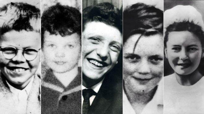 Ian Brady letters: Inside the mind of the Moors Murderer - BBC News
