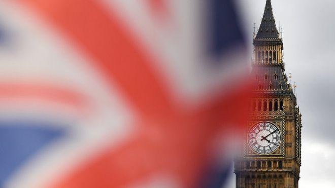 İngiltere'de AB hukukunun üstünlüğüne son veren yasa tasarısı ilk oylamadan geçti