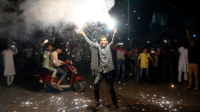 Kashmiri cricket fan celebrates Pakistan win