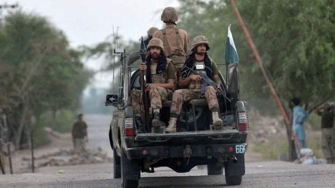 Pakistan ordusundan Afganistan sınırında IŞİD operasyonu