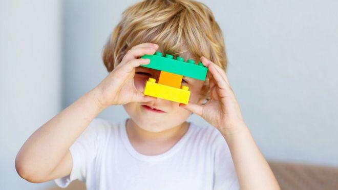 5 juguetes para enseñar ingeniería a los niños (más allá de Lego)