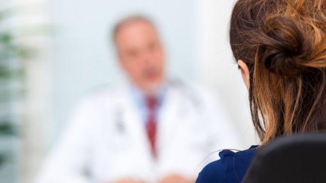 Os riscos e benefícios de se enfrentar a menopausa com testosterona