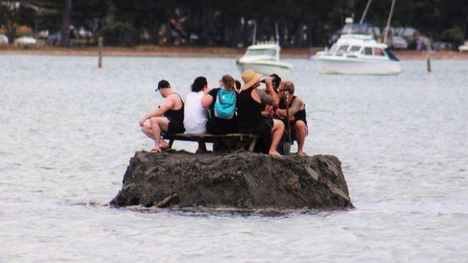 La isla de los bebedores en el estuario de Tairua, Nueva Zelanda. Foto: David Saunders