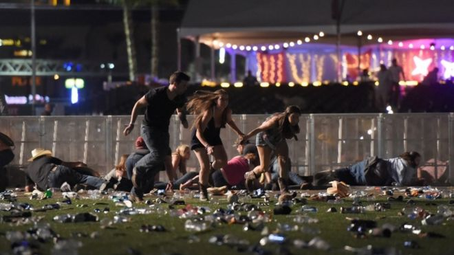 People fleeing from scene of country music festival
