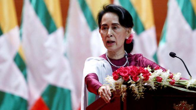 Hogaamiyaha Myanmar oo lagu dhaliilay arrinta Rohingya
