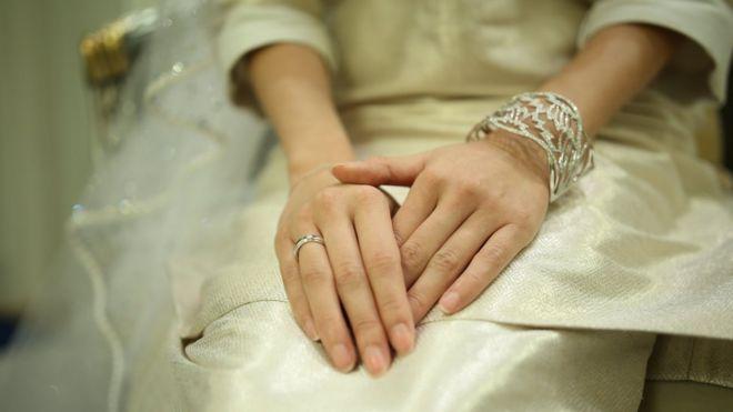 Malaysia Princess Tunku Aminah Weds Dutchman In Lavish Ceremony