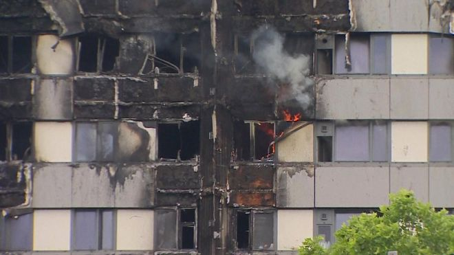 Death toll rises to at least 17 in London inferno