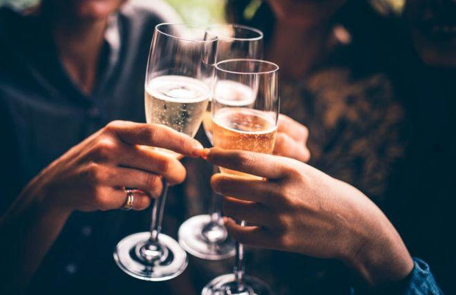 Ігриста п'ятниця: чому жінки обирають не шампанське, а просекко