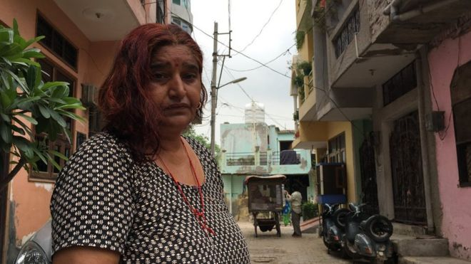 Super Hair Thieves Striking Fear In India Bbc News Hairstyles For Women Draintrainus