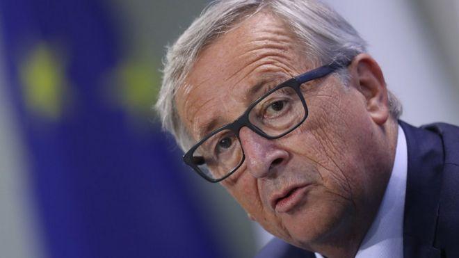 Avrupa Komisyonu Başkanı'ndan Türkiye'ye demokrasi uyarısı