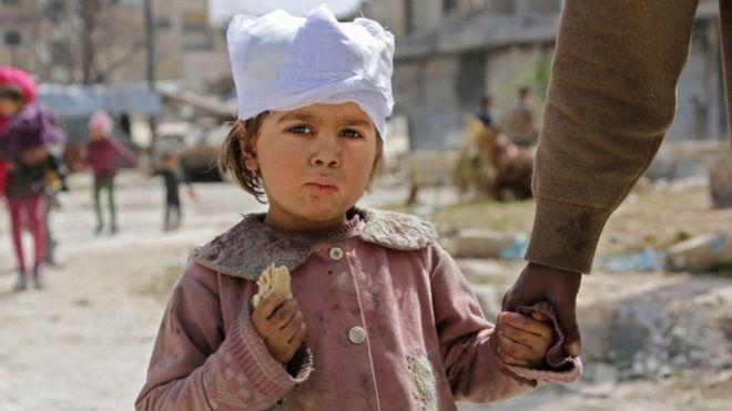 Vita vya Syria: 'muafaka umekubaliwa' kuwaondoa watu waliojeruhiwa kutoka Douma