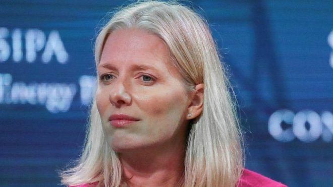 """نائب كندي يعتذر عن وصف وزيرة بـ """"باربي المناخ"""""""
