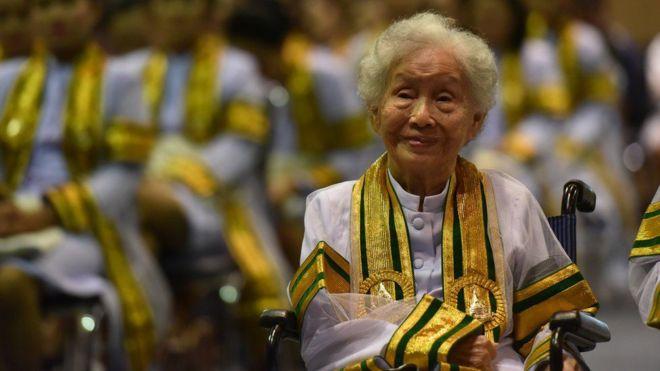 , Hebat, Nenek 91 Tahun di Thailand Ini Sukses Raih S-1 Saat Usia Senjanya