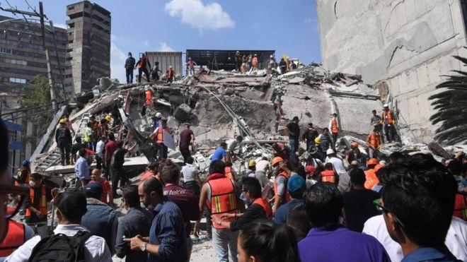 Мощное землетрясение в Мексике: больше 200 погибших [Обновлено]