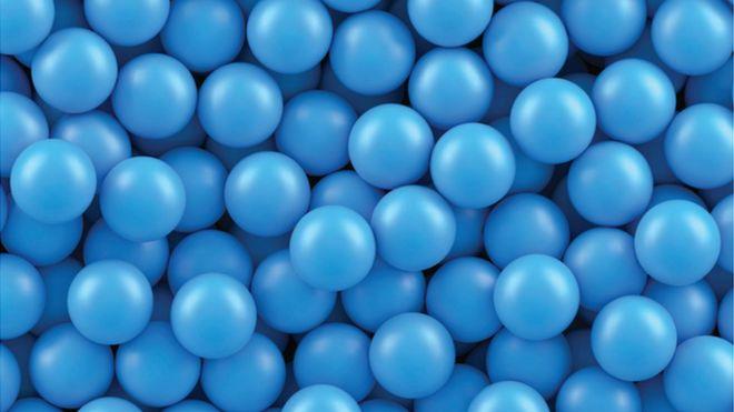 Зарядка для ума: синие шарики