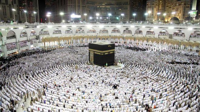 صحف عربية تبرز محاولة استهداف الحرم المكي قُبيل العيد