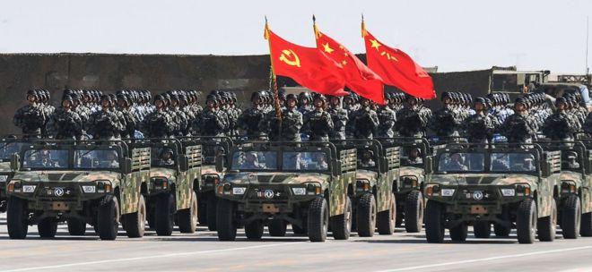 Военный парад в китайской Внутренней Монголии