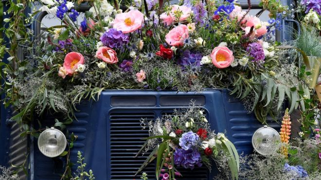 Flower display in a van