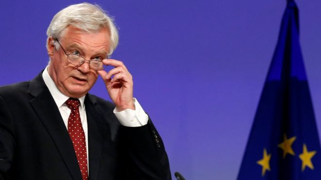 David Davis accuses EU Brexit negotiator of 'silly approach'