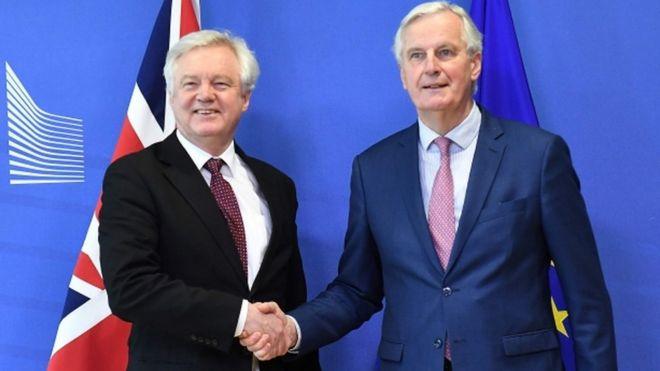 Британия и ЕС согласились отсрочить реальный брексит