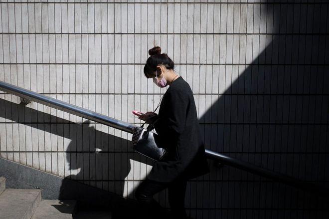 台灣近來持續陷入電信詐騙的陰影中。