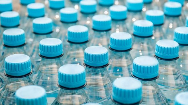 Tampas de garrafas de água