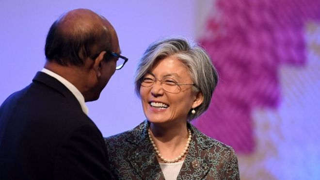 South Korean Foreign Minister Kang Kyung-wha talks to an ASEAN foreign minister during the ASEAN-Republic of Korea (ROK) Ministerial Meeting in Philippine International Convention Center in Pasay city, metro Manila, Philippines 6 August 2017.