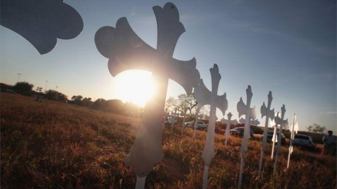 Por que os massacres nos EUA estão cada vez mais mortíferos?