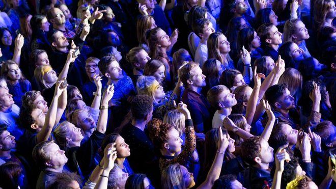 concierto , teléfonos