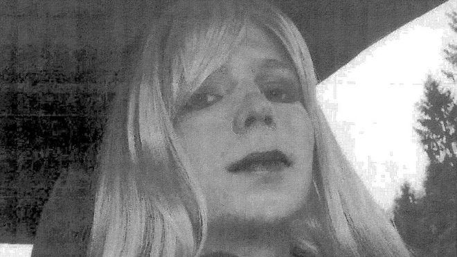 چلسی منینگ پس از صدور حکم ۳۵ سال مجازات اعلام کرد تغییر جنسیت داده است