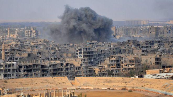 Дымящиеся руины