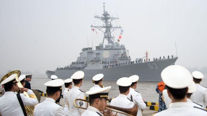 """""""斯坦塞姆""""號導彈驅逐艦2015年訪問上海的資料照片"""