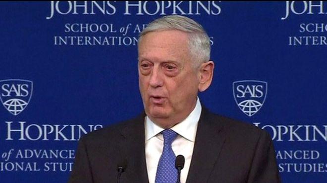 """美國防長馬蒂斯說,""""我們將繼續我們的作戰行動,打擊恐怖分子。但是大國之間競爭,而非恐怖主義,將成為美國國家安全的重點。"""""""