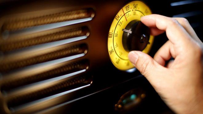Каждый, кто хоть когда-либо прочесывал короткие волны, натыкался на эти странные радиопередачи: мужчина или женщина, зачитывающие ряды цифр бесстрастным голосом...