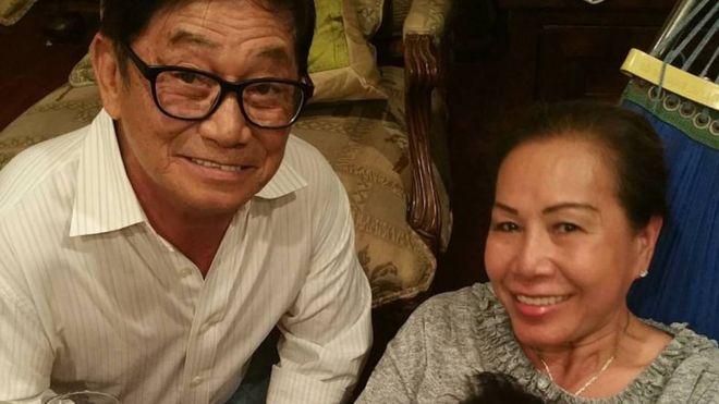 Bà Helen Huỳnh cùng chồng, ông Huỳnh Thơ Viện, vào dịp Tết Nguyên Đán năm ngoái