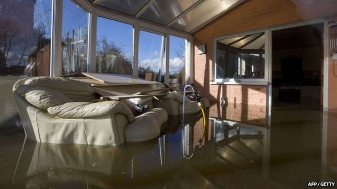 UK Floods Insurers Group Hails Strong Response