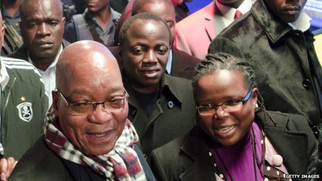 SA cabinet minister Collins Chabane killed in car crash - BBC News