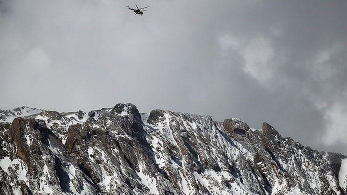 تلاش برای یافتن لاشه هواپیمای سقوط کرده