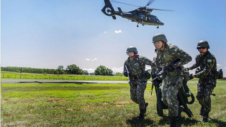 Resultado de imagen para La armada brasileña también organiza el viaje de un batallón de infantería para la formación de una brigada del ejército estadounidense en Fort Polk, Luisiana.