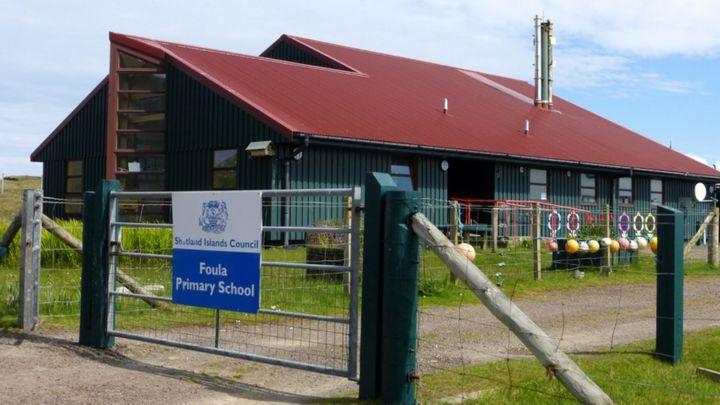 Teacher sought for single-pupil school on Foula - BBC News